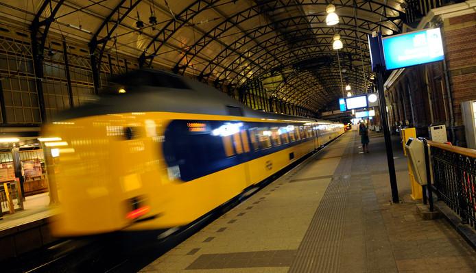 Tussen Den Haag Centraal en Rotterdam Centraal rijden vanaf maandag 14 augustus een week lang geen treinen.