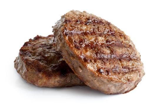 Consumenten beoordelen hamburgers als aantrekkelijker als ze rood gekleurd in de supermarkt liggen.
