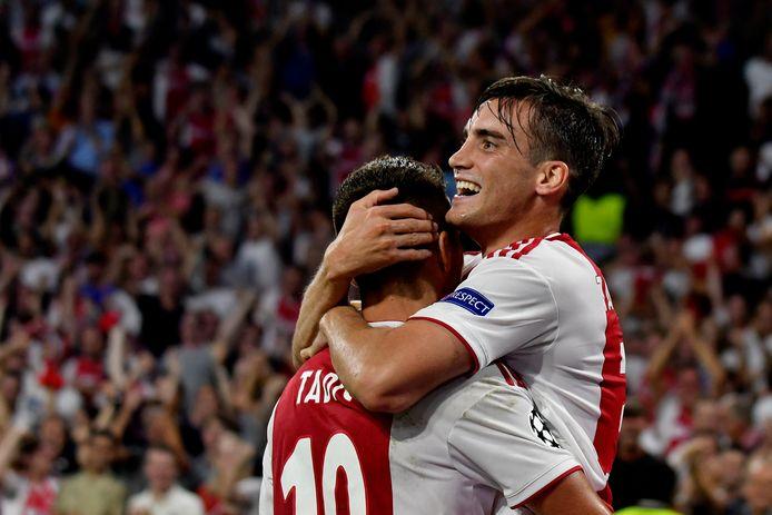 Dusan Tadic en Nicolas Tagliafico.