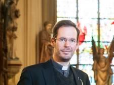 Omstreden kapelaan Beekman per 1 januari naar Veldhoven