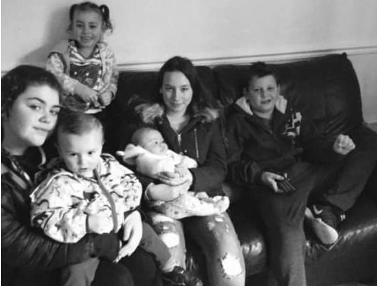 De moeder postte deze mooie foto van haar kinderen op 17 januari op Facebook.