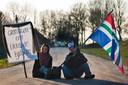 Neem-NAM-genomen. Dit protest tegen de gaswinning is bijzonder gemoedelijk, maar regelmatig liepen de gemoederen hoog op in Noord-Groningen. Onder meer minister Kamp kreeg de volle laag toen hij begin 2014 Loppersum bezocht.