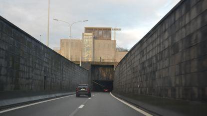 Zelzatetunnel twee weekends dicht voor werken: betonschade wordt hersteld en vervangen door asfalt