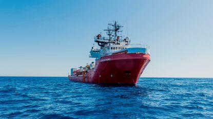 Ocean Viking meert aan in Sicilië