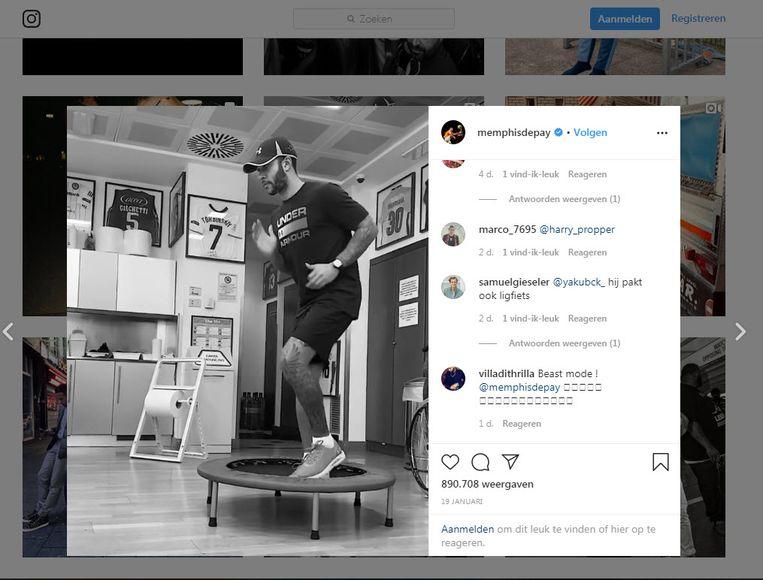 Memphis Depay werkt als een speer aan zijn revalidatie. Experts maken zich zorgen dat hij te snel gaat. Beeld Instagram