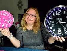 Verkeersslachtoffer uit Gouda bloeit op met leerzame klok