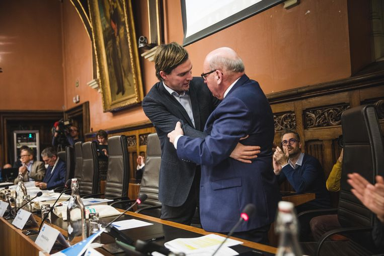 Exit Termont, enter De Clercq als burgemeester