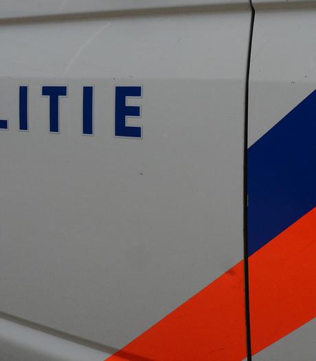 Recherche verdenkt medewerker politie in regio van lekken naar verdachte
