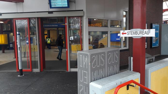 Station Ede-Wageningen.
