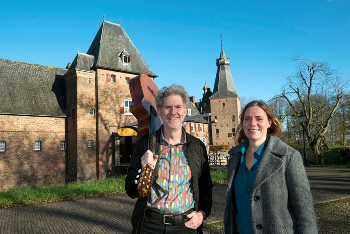 Sander Essers en Lieke van Rooijen.
