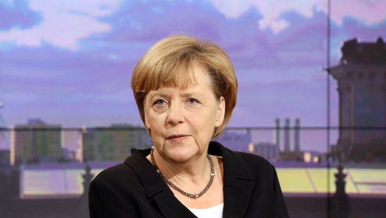 De Duitse bondskanselier Angela Merkel in de studio van ARD.