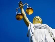 Man die agenten beschimpte veroordeeld tot een werkstraf van 60 uur