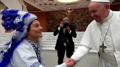"""Buffalo Ben schudt handen met de paus: """"Nu kan KAA Gent niet meer verliezen"""""""