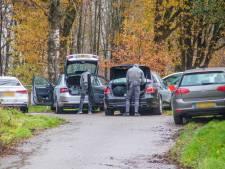 Man gooit brandbommen naar deurwaarder en raakt gewond bij inzet arrestatieteam in Rheden