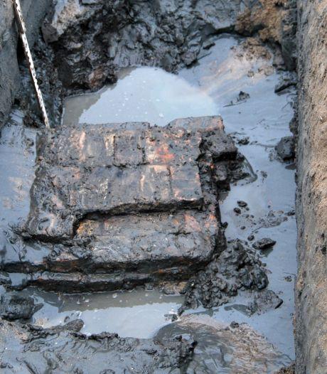 Archeologen graven in Heinenoord resten van eeuwenoude boerderij op: 'Dit is razend interessant'
