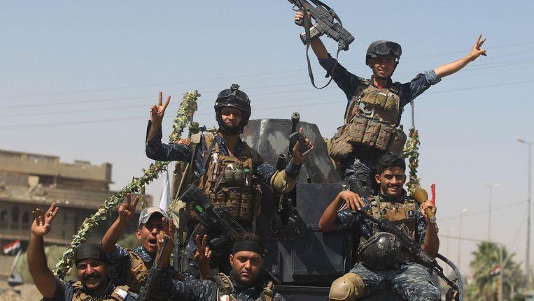 Een Iraakse eenheid donderdag in de binnenstad van Mosul. Beeld AFP