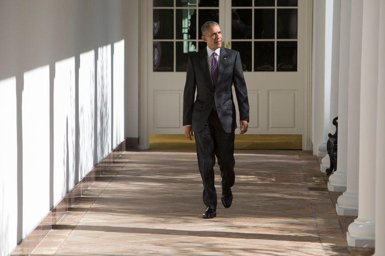 Obama bij het Witte Huis, een dag voor de verkiezingen Beeld photo_news