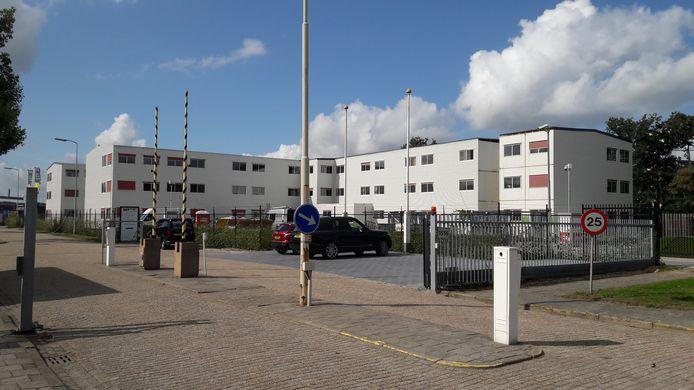Huisvesting voor arbeidsmigranten op voormalig Philips-terrein in Terneuzen.