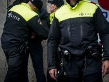 Portier in Breda krijgt reclamebord tegen het hoofd gegooid en gaat knock out
