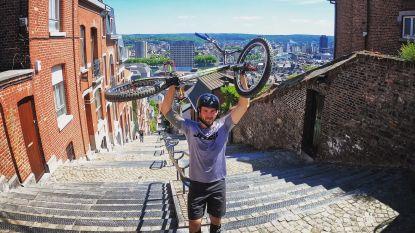 """Iciar (30) beklimt hoogste trap in ons land met zijn fiets:  """"Dat is 374 keer in het rood gaan"""""""
