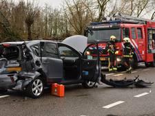 Twee gewonden na ongeval met drie wagens bij Boskoop