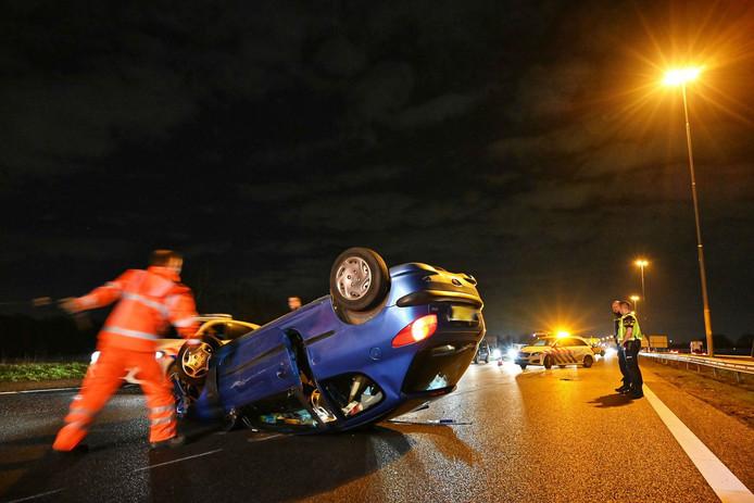 Ernstig ongeluk op A16 bij Breda