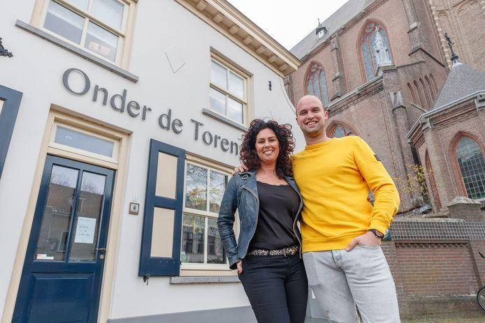 Brigitte Sebregts en Nicky Colijn gaan Onder de Toren draaien.