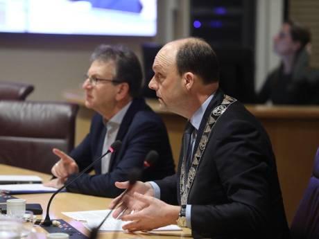 Debat over geweldsgolf in Zwolle: 'We moeten criminelen hun status afnemen'