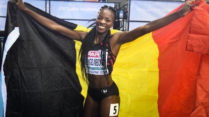 Zilver voor Cynthia Bolingo op EK indoor: 'Knettergek. En nu morgen voor een tweede medaille gaan'