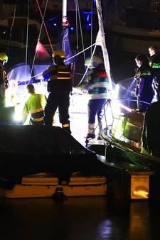 Vrouw valt van steiger in Lithse jachthaven: snel uit het water gehaald