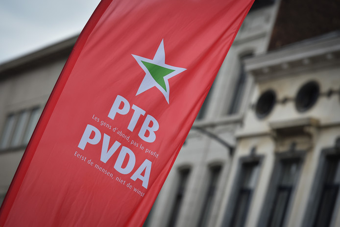Le PTB a décroché 11 sièges dimanche au parlement bruxellois: dix sur sa liste francophone et un sur sa liste néerlandophone.