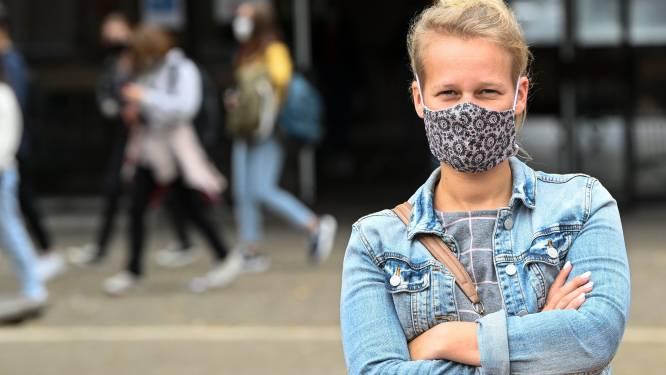 """Leerkrachten getuigen over lesgeven met een mondmasker: """"Leerlingen begrijpen me niet, maar durven het niet zeggen"""""""