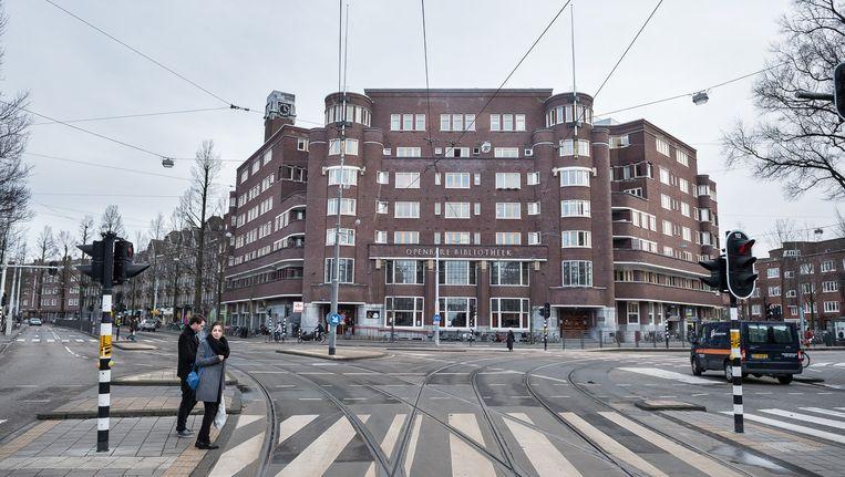 'Het Nieuwe Huis' aan het Roelof Hartplein Beeld Mats van Soolingen