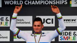 Oppermachtige Van der Poel ploetert naar derde wereldtitel in Dübendorf