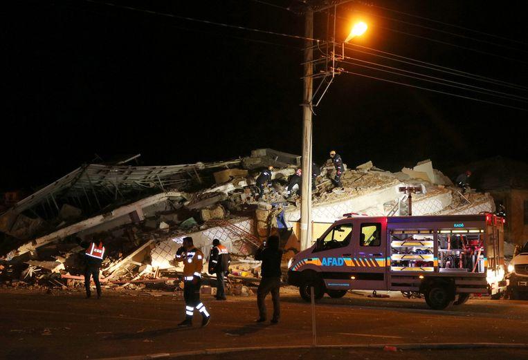 Een ingestort gebouw in Elazig