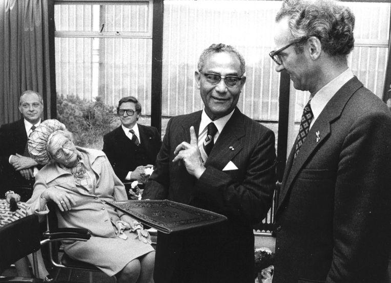 President Ferrier van Suriname met Koningin Juliana, 1977. Beeld ANP