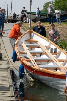 Ook inwoners van Sleeuwijk gaan aan de slag met bouw roeiboot