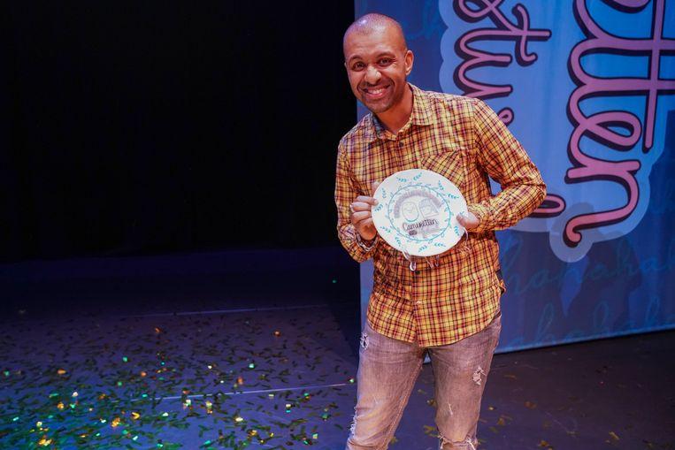 De persoonlijkheidsprijs werd uitgereikt aan Samir Fighil. Beeld Jaap Reedijk