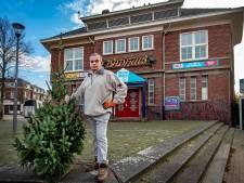 'Illegale' verkoop kerstbomen op Daalseweg gestopt na waarschuwing van handhavers