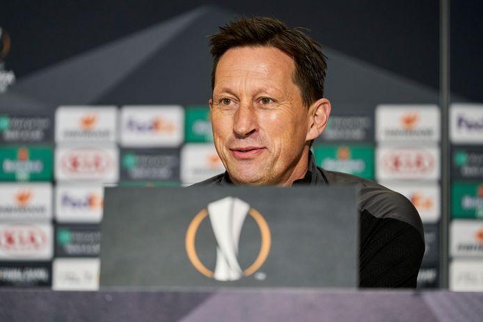 Roger Schmidt tijdens de persconferentie van PSV na het duel met PAOK Saloniki.