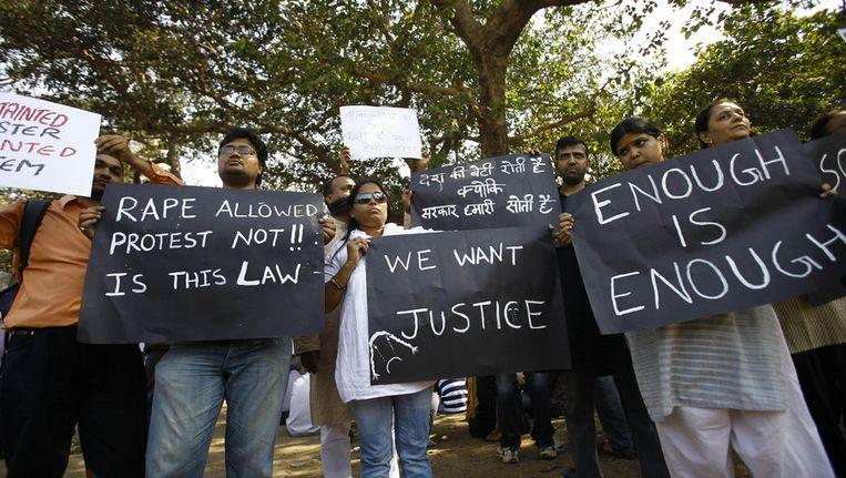 Demonstraties in India nadat gisteren een meisje overleed na een groepsverkrachting. Beeld ap