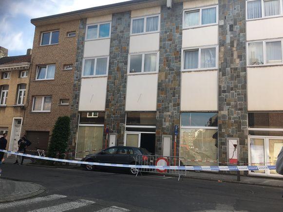 Rond het gebouw werd er een perimeter ingesteld