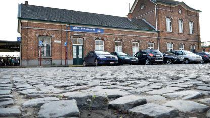 """""""Nieuw plein met nieuwe parking"""""""