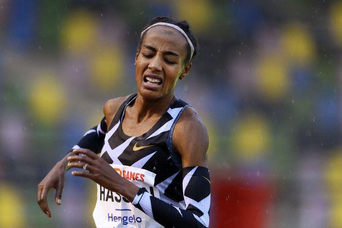 Sifan Hassan liep in Hengelo afgelopen weekend in de stromende regen een Europees record op de 10.000 meter.