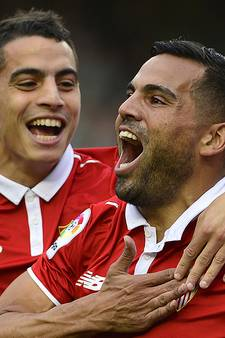 VIDEO: Sevilla tweede na winst in stadsderby
