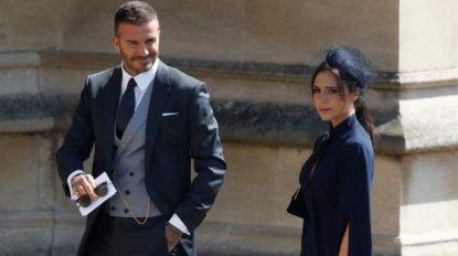 """Internet valt over zure blik Victoria Beckham op trouw Harry en Meghan: """"Het is de 'derrière van Pippa' van dit huwelijk"""""""