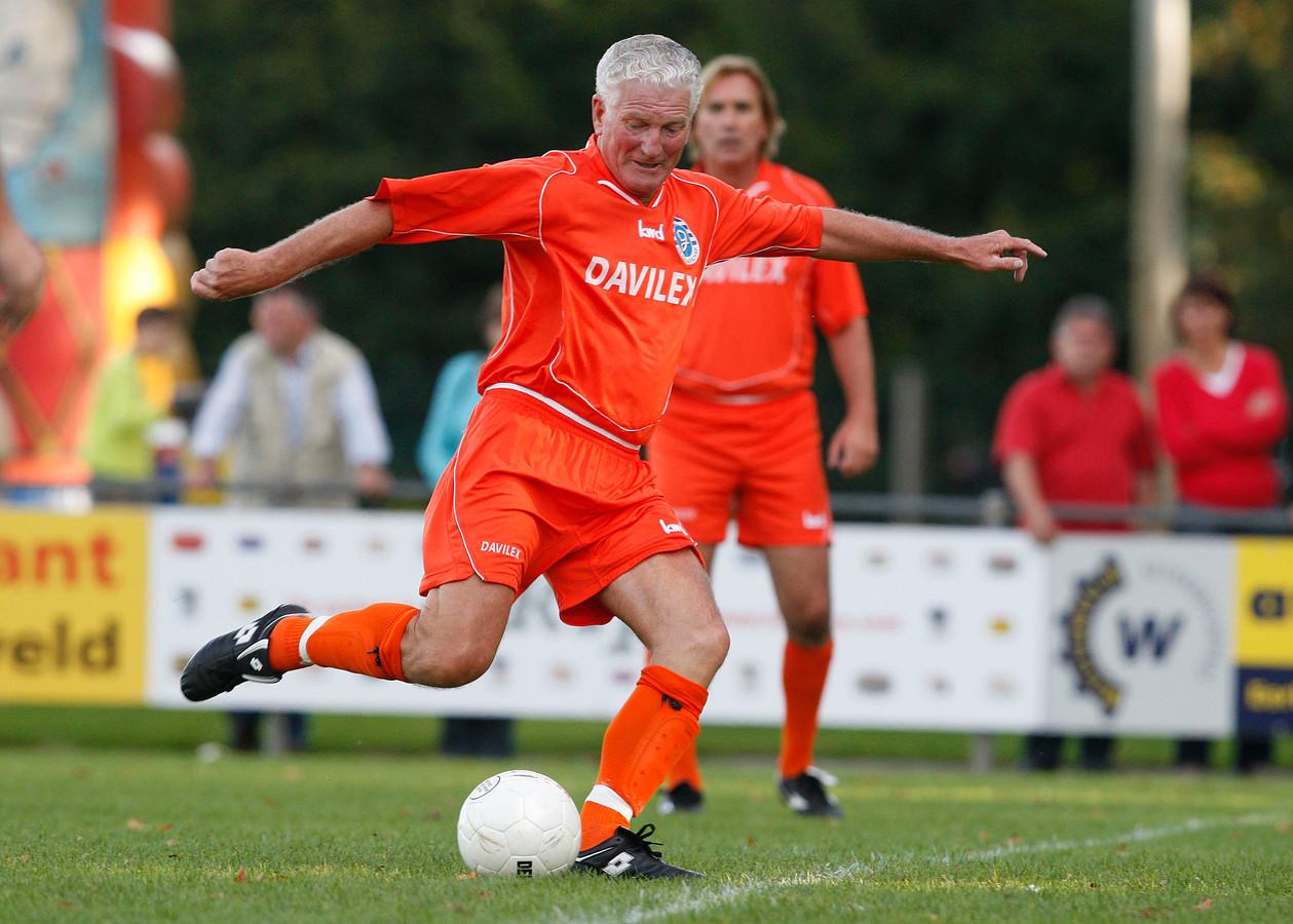 Henk Overgoor haalt uit namens Oud De Graafschap.