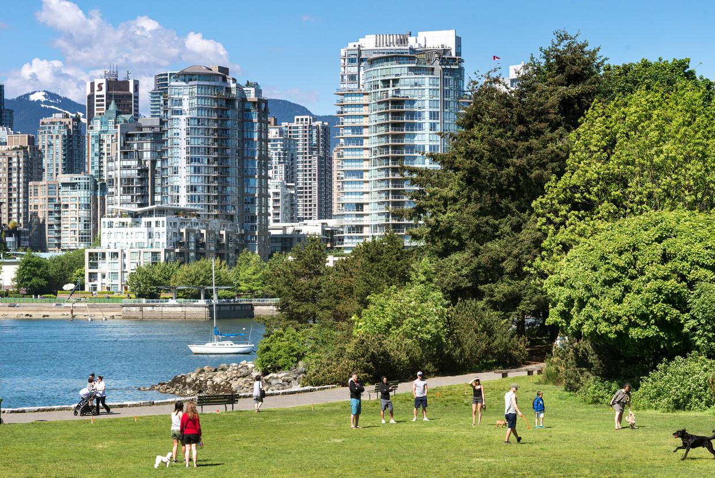 Granville Island, een schiereiland dat vanaf Vancouver per pont te bereiken is.   Beeld null