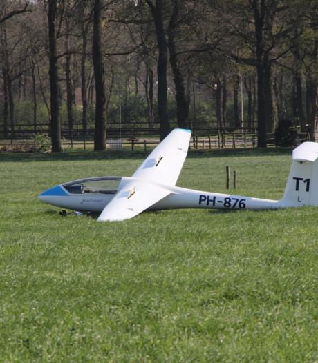 Vliegclub Teuge: 'Noodlanding' zweefvliegtuig in Rijssen was uit voorzorg