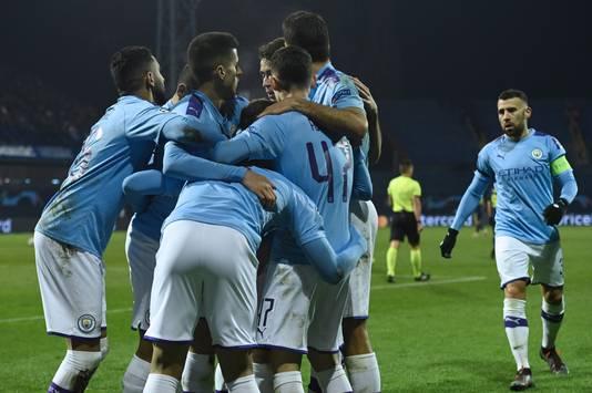 Feest bij Manchester City na een treffer bij Dinamo Zagreb.